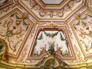 Dipinti soffitto chiesa